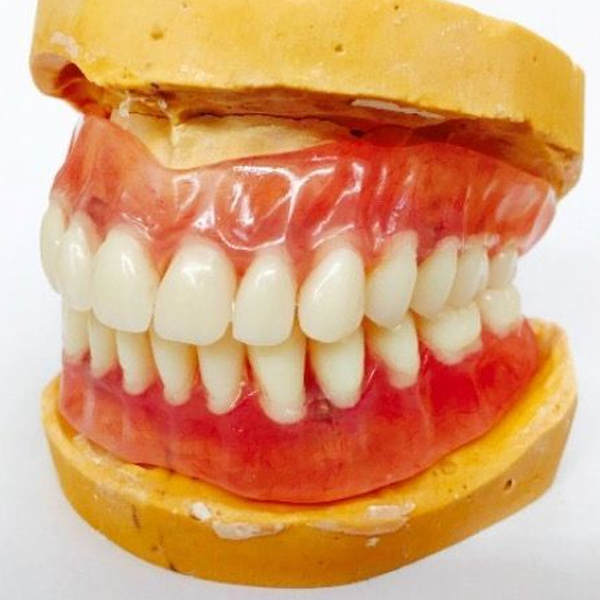 how to repair broken dentures in Windsor